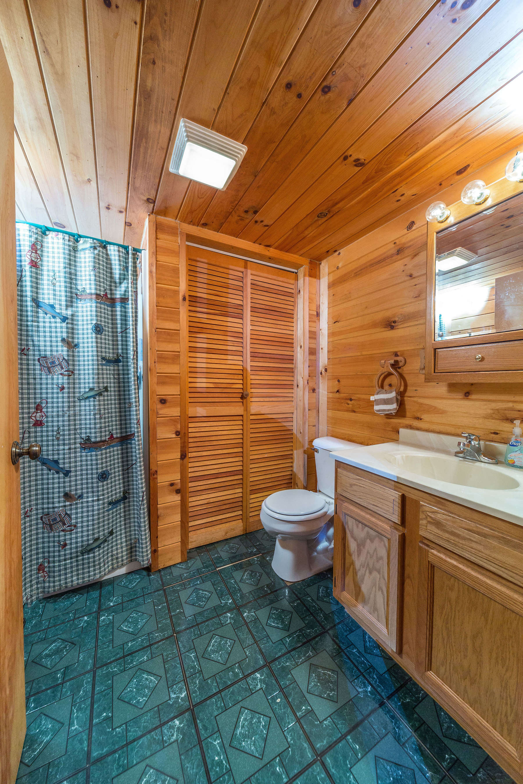cabins this waterfalls ohio to summer and close the you arrow pin can galore in curbed hiking trails holes for rent swimming phillyclockmenumore poconos tiny